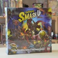 Drustvene igra Smash Up!