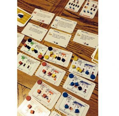Global Mogul strateška igra,društvena igra, porodična igra, poklon, board game, dečija igra, rođendan, pametan poklon